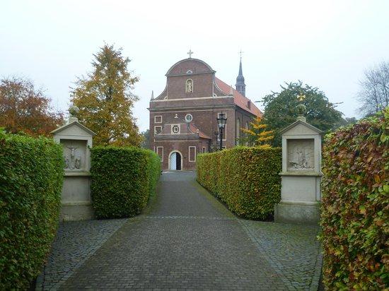 Zwillbrocker Venn:                                     Baroque church