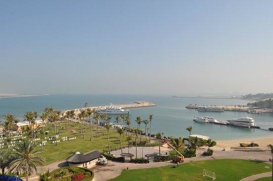 JA Jebel Ali Beach Hotel:                   båthamnen, där även sjöflygen utgick ifrån