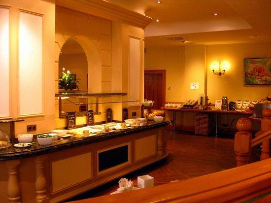 Crowne Plaza Hotel Salzburg - The Pitter:                   Frühstückssaal