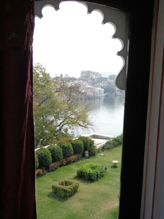 Karohi Haveli:                   lake and palace view from my room