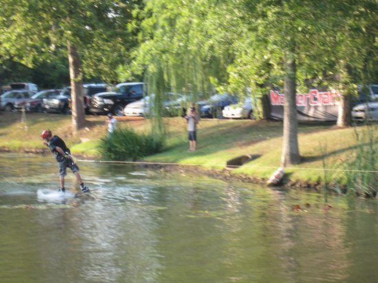Wild Wing Cafe: Wake-boarding on the Pond