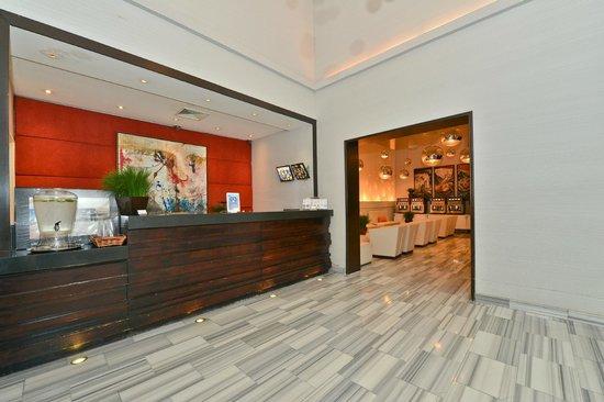 Ravel Hotel: Lobby