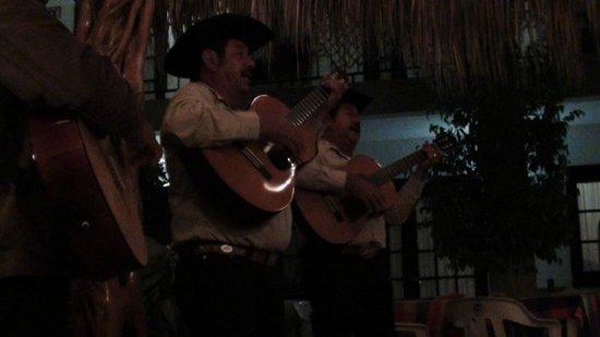 La Marina Inn : The Entertainment
