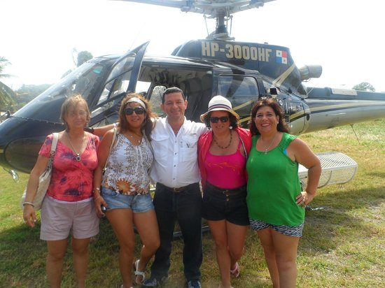 Coral Lodge:                   despedida helicoptero