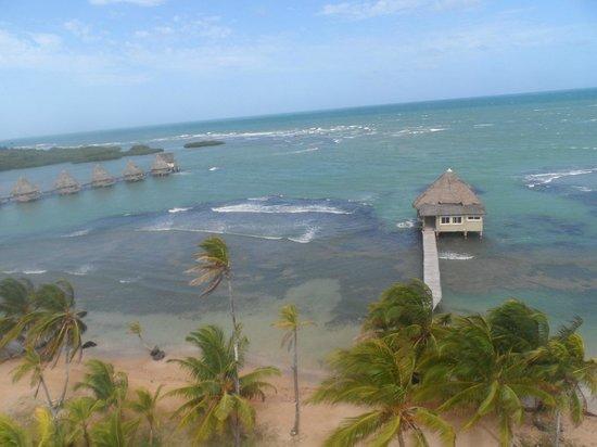 Coral Lodge:                   Vista aerea