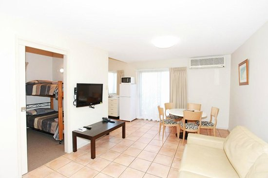 Travellers Motor Village : 2 Bedroom Family Apartments