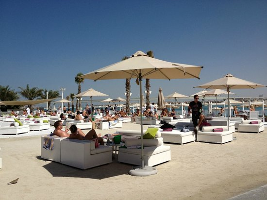Atlantis, The Palm:                   Nasimi beach area.