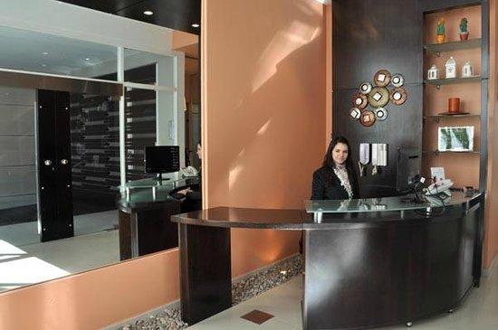 Cimma Suites Apart Hotel: Recepción