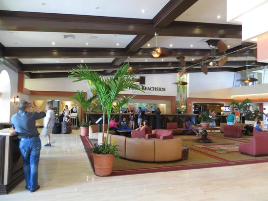 ‪‪Newport Beachside Hotel and Resort‬:                                     Front Lobby