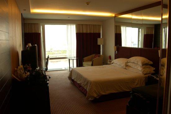 Eastin Hotel Makkasan:                   heerlijke ruime kamer