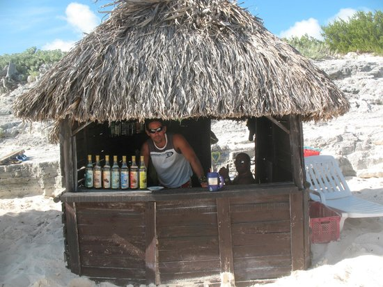 Iberostar Playa Blanca:                                     Beach bartender, Accua!
