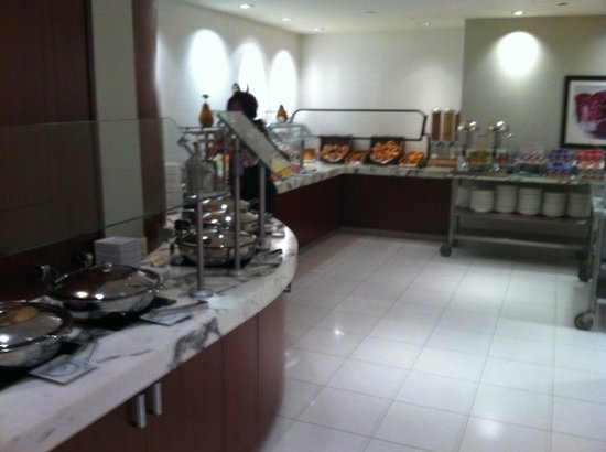 Amazing Entire Breakfast Buffet Picture Of Crowne Plaza Times Home Interior And Landscaping Oversignezvosmurscom