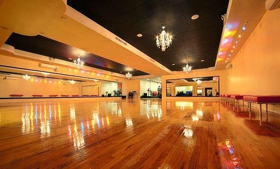 ‪Brooklyn Dancesport Club‬