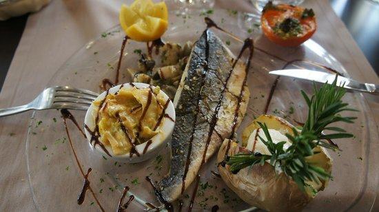 Hotel Restaurant La Fregate:                                     Filet de Loup de mer