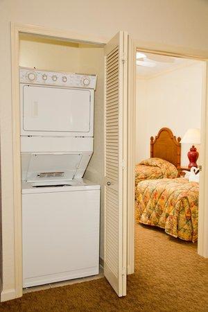 Lake Buena Vista Resort Village & Spa: Washer & Dryer in every suite