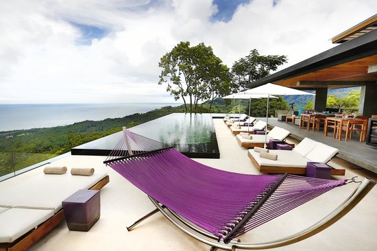 Kura Design Villas Uvita: Pool & Lounge Area with the best views!
