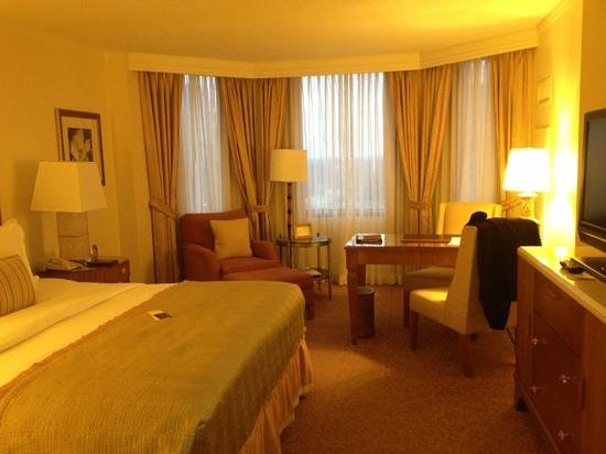 The Ritz-Carlton, Buckhead:                                     I thought it was very average for a Ritz Carlton
