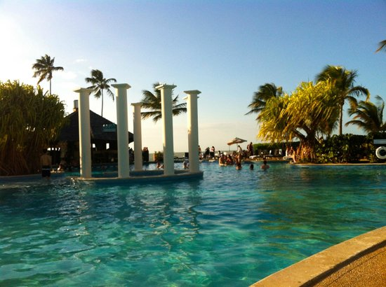 Lobby bathroom picture of gran melia golf resort puerto for Gran melia hotel