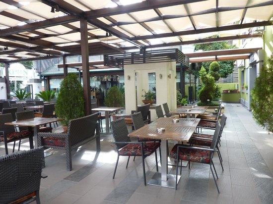 Green House :                   Giardino
