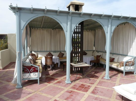 Riad Kniza:                   Roof Terrace