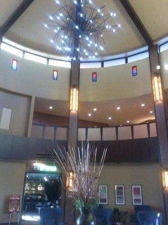 Desert Diamond Casino Hotel :                   lobby