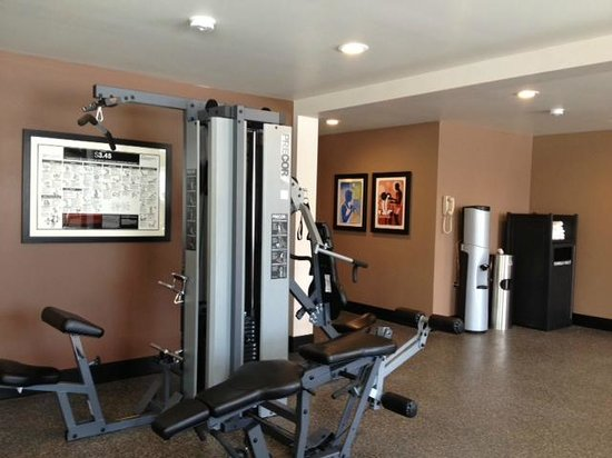 Best Western Plus Cottontree Inn: Our new fitness center includes Precore fitness equipment