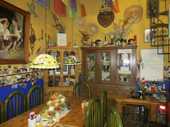 Casa De Pita: Dining Room/Breakfast Table