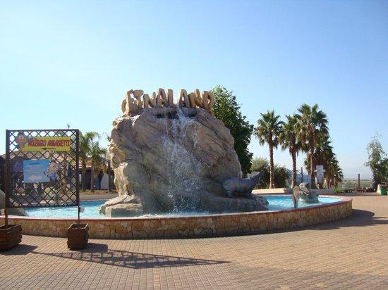 Etnaland:                   Fontana