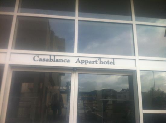 Casablanca Appart'hotel:                   Entrance
