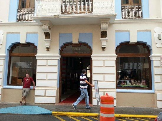 Da House Hotel:                   hotel