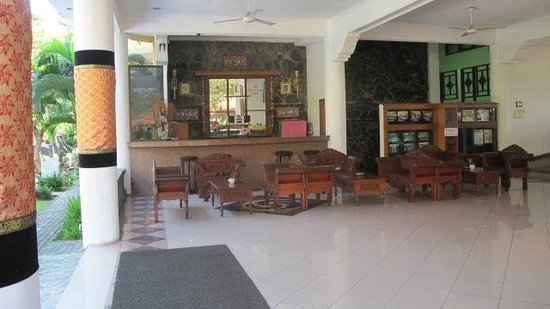 Melasti Legian Beach Resort & Spa:                                                       Reception