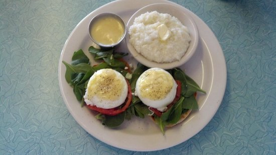 The BeachSide Cafe:                   Spinach eggs benedict