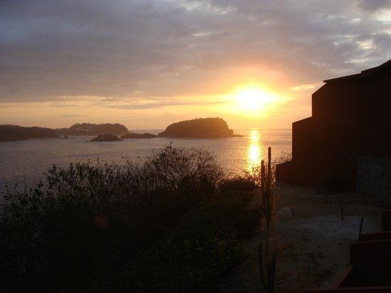 Las Brisas Huatulco:                   Sunrise from our Beach Club terrace