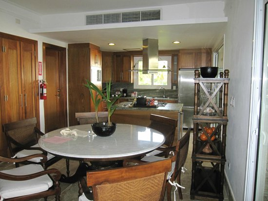 Xeliter Balcones del Atlantico:                   Kitchen