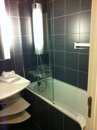 Adagio Brussels Grand Place:                   Salle de bain