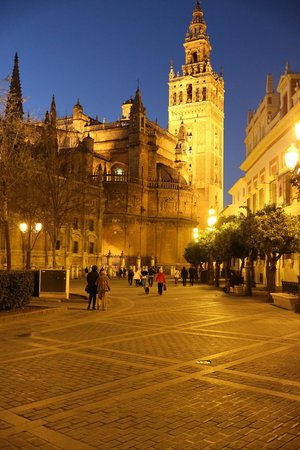 The Giralda in Sevilla near Hotel Becquer