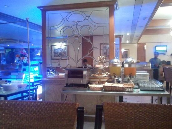The Residence Hotel & Apartments :                                                       Breakfast Buffet