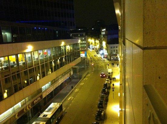 Adagio Brussels Centre Monnaie:                   Vu de la chambre