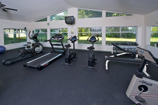 Delta Town & Country Inn: Health Club
