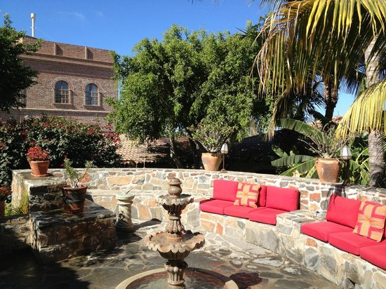 Todos Santos Inn:                   one of the upper courtyard areas