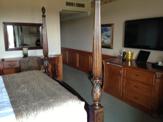 Inn at Churon Winery: A Lovely Room