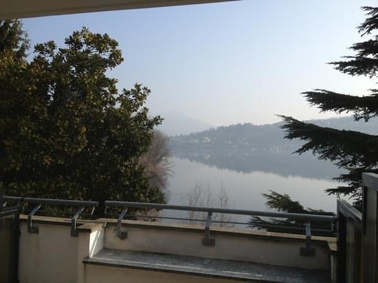 """Hotel Chalet del Lago """"La Libellula"""":                   Vista camera"""