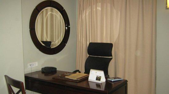 Four Points by Sheraton Arusha, The Arusha Hotel:                                     bureau