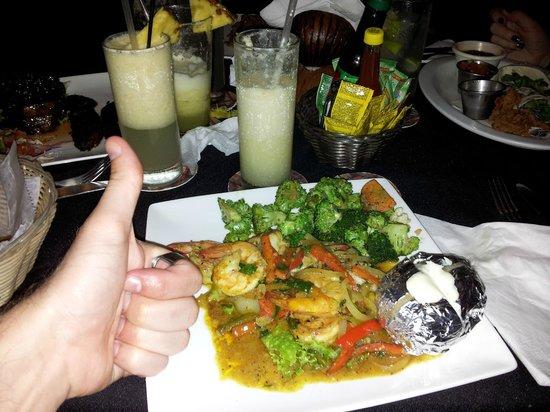 Monchados:                   Shrimp in Caribbean sauce!