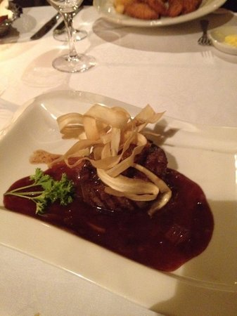 Ballinalacken Castle Country House:                   Outstanding Irish beef.
