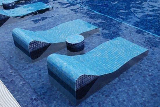 Barcelo Bavaro Palace:                                     la piscine!!!!