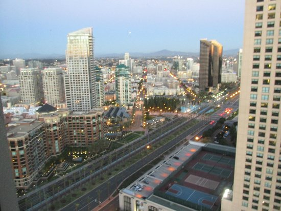 Manchester Grand Hyatt San Diego:                   view into San Diego downtown from Harbor Tower