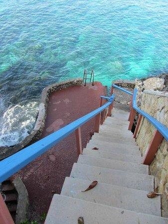 Xtabi Resort:                                     Stairway to Neptune