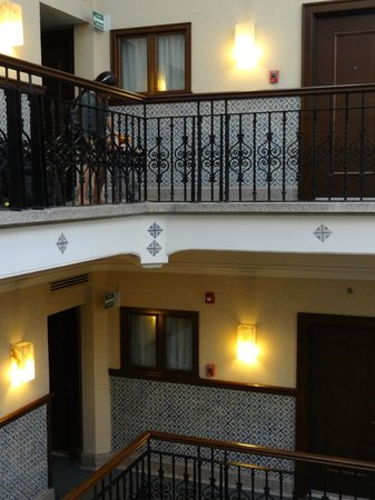 Hampton Inn & Suites Mexico City - Centro Historico:                   Piso 4