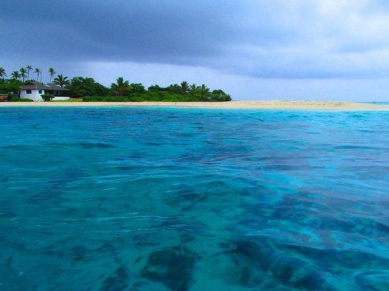 Matafonua Lodge:                   View of the island from the beach